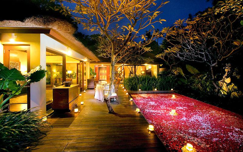 Романтический ужин в отеле Kayumanis Ubud Private Villas & Spa